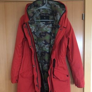 Scotch & Soda orange and camo trench coat